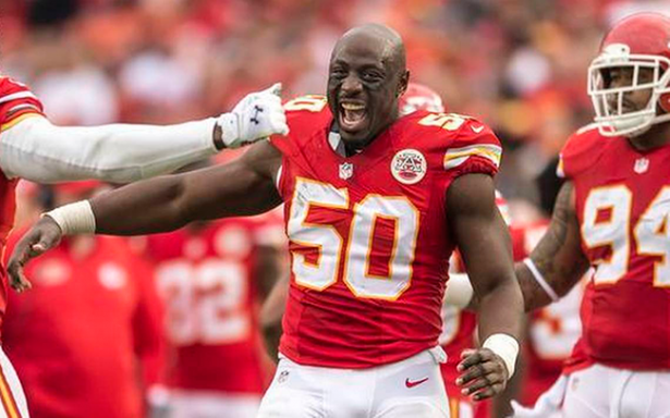 Jefes de Kansas City descarta a Justin Houston en inicio de temporada