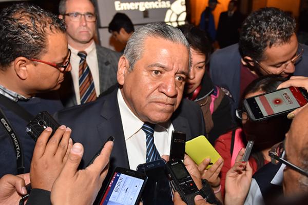 Respeta Botello aspiración política de Gilberto Herrera