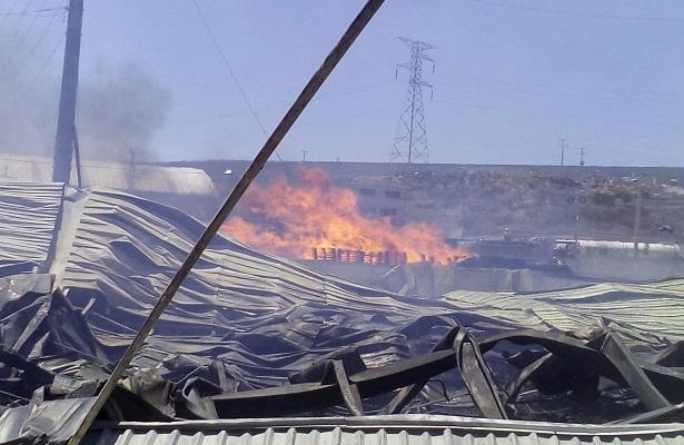 Se reavivó el incendio en el Parque Bernardo Quintana