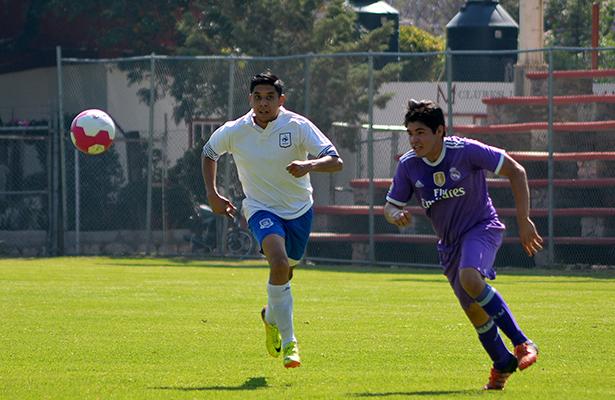 """CASTILLA SYSTEMS sigue demostrando que quiere ser candidato al título del Torneo de Copa """"Pedro Lomelí Noriega"""" de la Burócrata Bancaria, pues goleo 6 – 1 a Casablanca."""