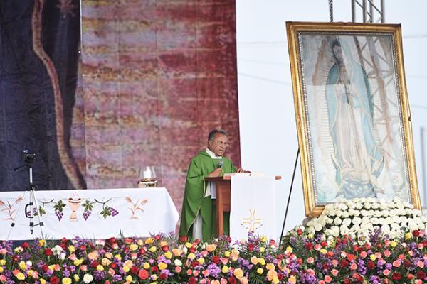 MARTÍN Lara Becerril dijo que a lo largo de la peregrinación han sido testigos de los milagros de Dios.Fotos: Hugo Camacho