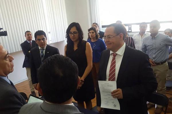 Buscan 3 vicepresidencia de la Fecapeq; ya se registraron