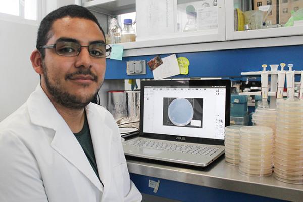 Estudian en la UAQ metabolismo del Huitlacoche para aumentar producción