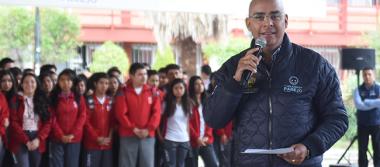 Inversión en obras educativas asciende a 400 mdp: Marcos