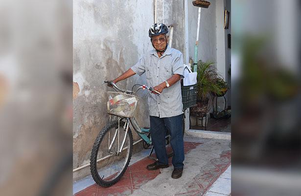 """Venturas y desventuras del  """"Zacate"""", el pega carteles"""
