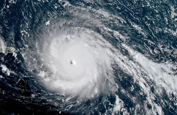 Irma alcanza el máximo nivel y amenaza el Caribe y Florida