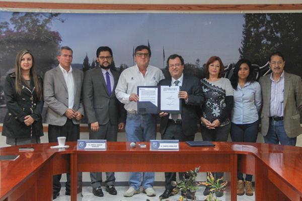 UAQ y CEA Generarán proyectos en Arroyo Seco y Cadereyta