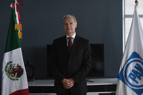 Exige Luis E. Derbez propuestas a los aspirantes panistas a la presidencia