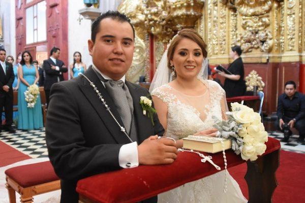 Contrajeron nupcias Larissa Iturralde y Héctor Rasilla
