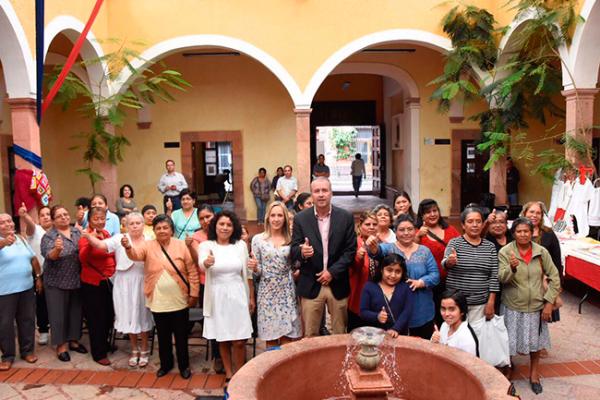 Clausura Calzada talleres artesanales a mujeres
