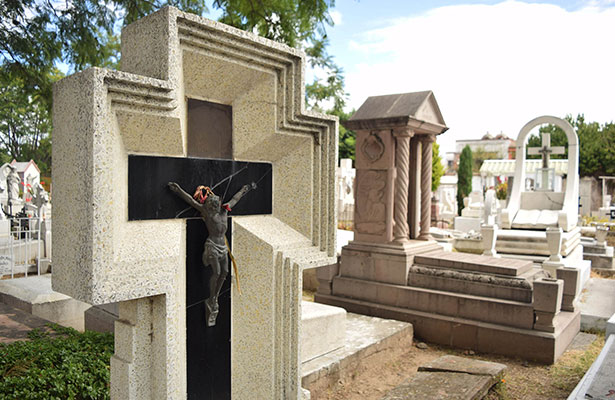Confusión, lo creían muerto y estaba vivo