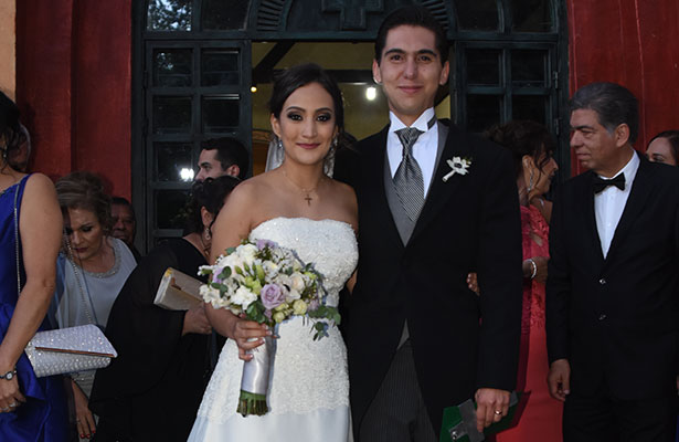 Nupcias de Carolina Ugalde y Arturo Melgoza