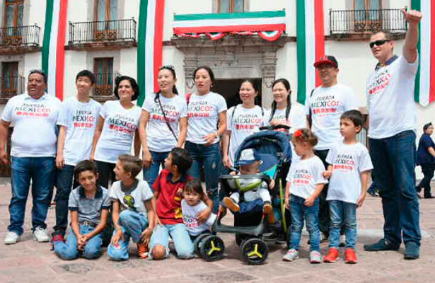 Comunidad china en Querétaro se solidariza con damnificados