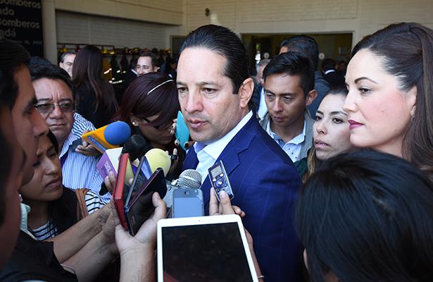Domínguez pide analizar si van solos o en alianza