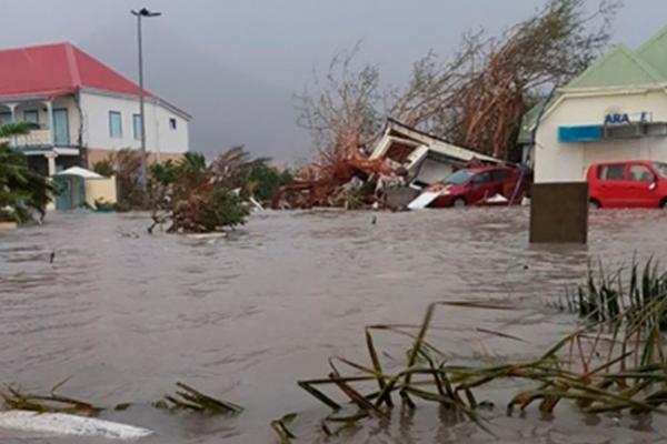 Irma deja daños por 240 mdd en Antillas Francesas