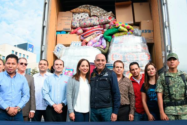 Envía MAV dos trailers para daminficados de Chiapas y Morelos