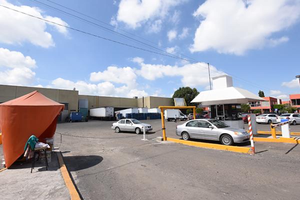 Sancionarán estacionamientos que nieguen la gratuidad