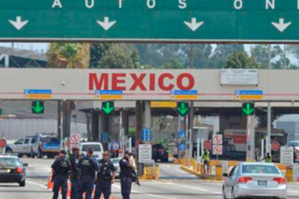 Cierre de garita San Ysidro provoca caos en cruce fronterizo