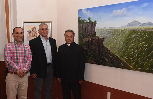 """""""Colores entre cielo y tierra"""" exposición en el Museo Sacro"""