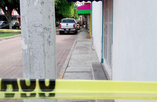 Novio asesino; la atacó con un cuchillo y después se entregó a la policía