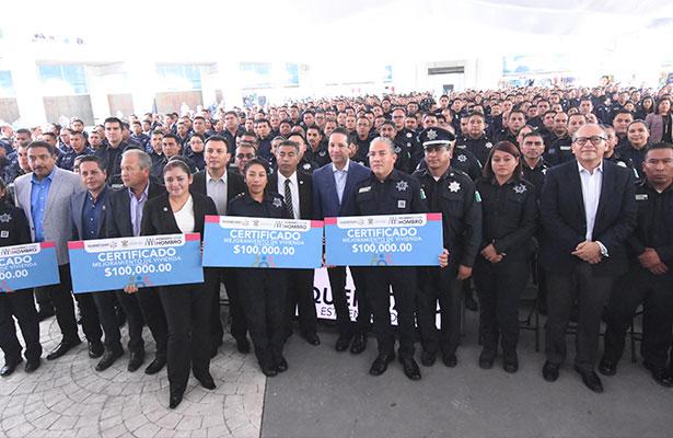 Apoyo histórico a policías