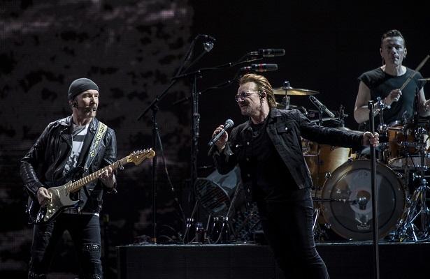 Bono convive con seguidores previo a segundo concierto