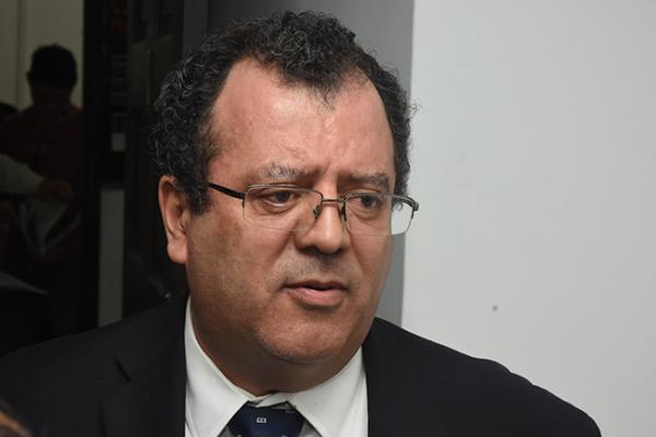 Gilberto: UAQ deberá seguir estricta en el rubro laboral