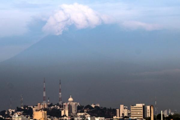 Cae ceniza del Popocatépetl en siete delegaciones de la Ciudad de México