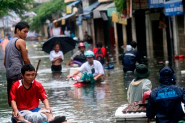 Tifón Paolo provoca lluvias e inundaciones en Filipinas