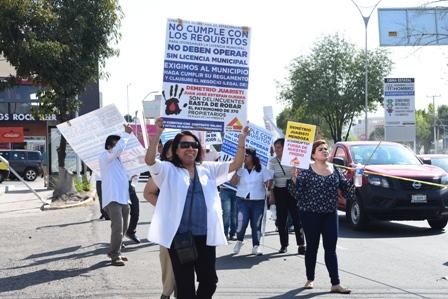 Plaza de las Américas en pie de lucha