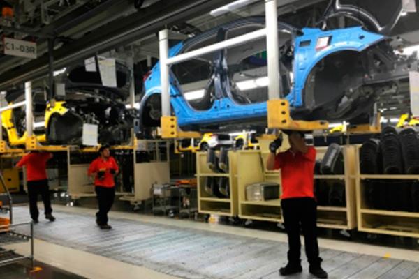 Industria automotriz alcanza cifra histórica en vehículos fabricados