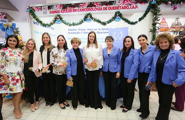 Inauguró DIF Estatal Bazar Navideño 2017