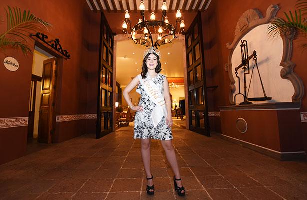 Dice adiós Cecilia Gutiérrez Urquiza, Reina de la Navidad 2016