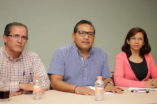 Colegio de Ingenieros no debe ser trampolín, dice Saúl López