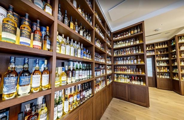 """Roban varias botellas de whisky en París, una de ellas de """"más de 100.000 euros"""""""