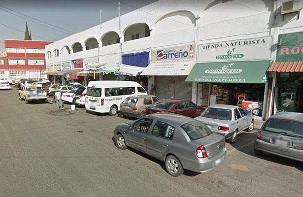 """Comerciantes le dicen """"sí"""" a estacionamientos en mercados"""