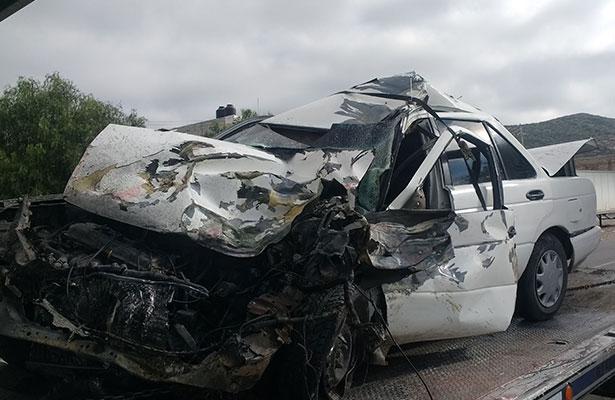 ASÍ terminó el vehículo impactado, donde el conductor resultó lesionado.