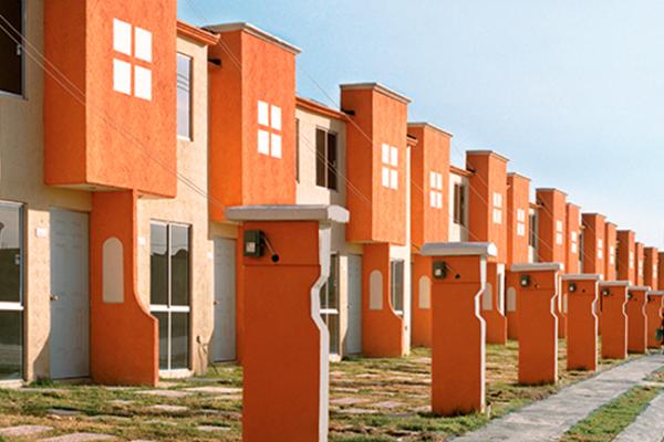 Infonavit colocará 15 mil viviendas