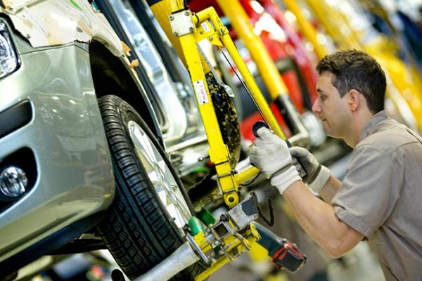 Ya son 300 empresas en el sector autopartes