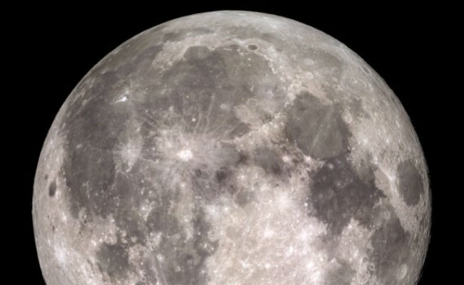 ¡Entérate! La Luna tiene más agua de lo que se creía