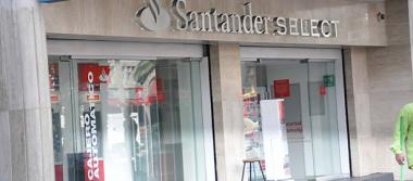 Reporta Santander ganancias de casi 30%  en primer trimestre