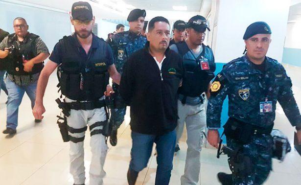 México entrega a Guatemala a líder de banda criminal Oscar González
