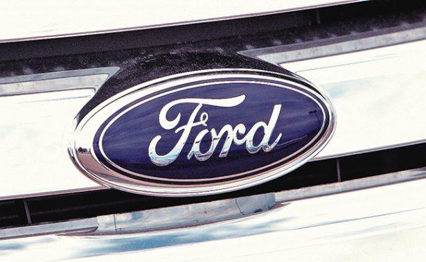 Ford añade 816 mil coches a retiro de Takata