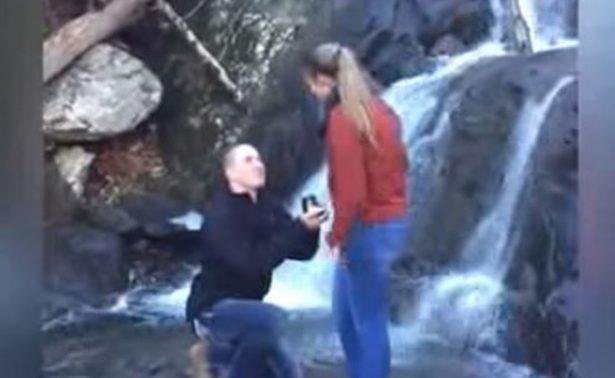 [Video] Propuesta de matrimonio termina en tragedia y se vuelve viral