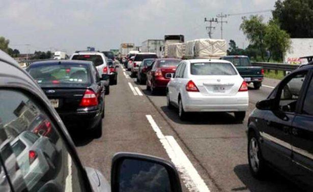 Reducen circulación en carriles de la México-Querétaro