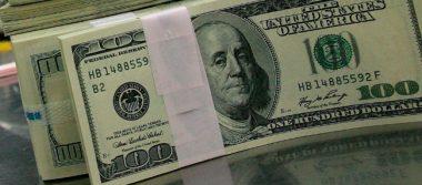 Dólar alcanza 18.15 pesos a la venta en bancos de la capital del país