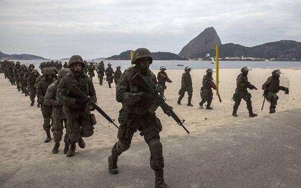 El presidente Temer interviene la seguridad en Río de Janeiro y la entrega a los militares