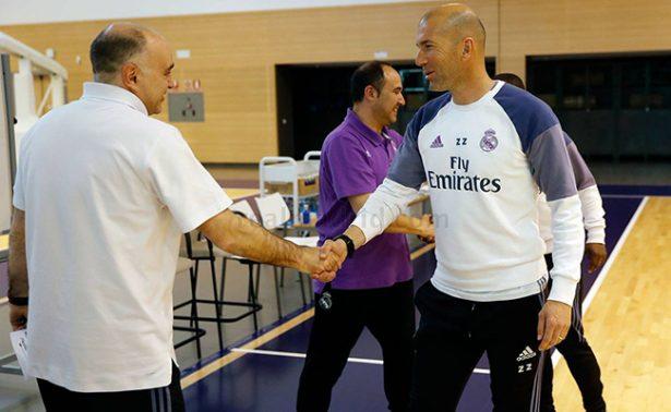 Zinedine Zidane cambia el soccer por el basketball