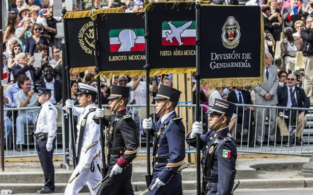 Peña Nieto anuncia aumento salarial de mil pesos a Fuerzas Armadas