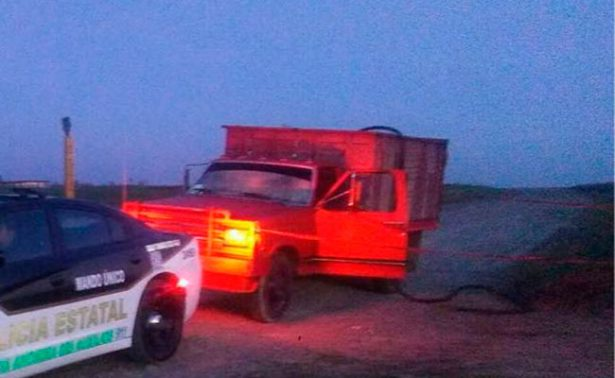 Aseguran camioneta de huachicoleros en Edomex